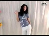 美女白裤子性感紧身热舞