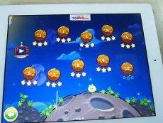 愤怒的小鸟 太空版 第10关-电玩巴士 热播